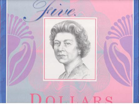 $5 Portfolio 2 Notes EA93 Old Colour & 1995 Recoloured